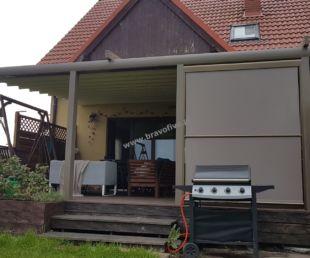 nowoczesne-zadaszenie tarasu - z otwieranym dachem