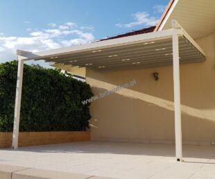 nowoczesne zadaszenie tarasu z ruchomym dachem, zadaszenie tarasu z otwieranym dachem, pergola aluminiowa