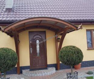 zadaszenie drzwi wejściowych, zadaszenie drzwi zewnętrznych, zadaszenie z drewna, zadaszenie drewniane