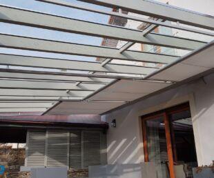 zacieniacz dachowy zautomatyzowany-roleta dachowa