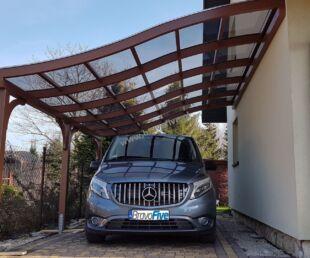 nowoczesna wiata garażowa - carport z drewna - drewniana wiata garażowa - poliwęglan lity-zadaszenie tarasu klasyczne - piękne zadaszenia
