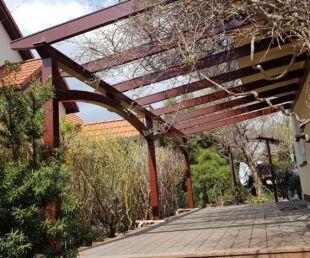 Klasyczna pergola ogrodowa - pergola ogrodowa stylizowana na modelu ROYAL - piękne zadaszenia-nowoczesne zadaszenie tarasu-pergola tarasowa